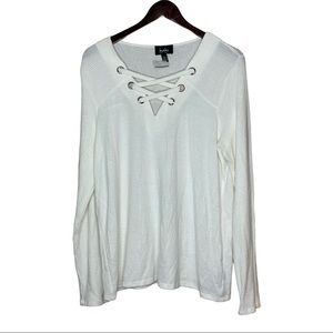 BY & BY WHITE LACE-UP BLOUSE TOP NWT XXL